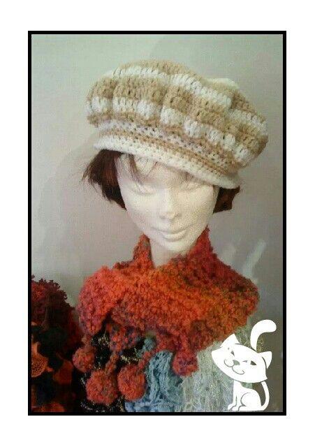 Bonnet bicolore