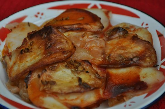 Maltese Roast Potatoes (Patata fil-forn) - A Maltese Mouthful