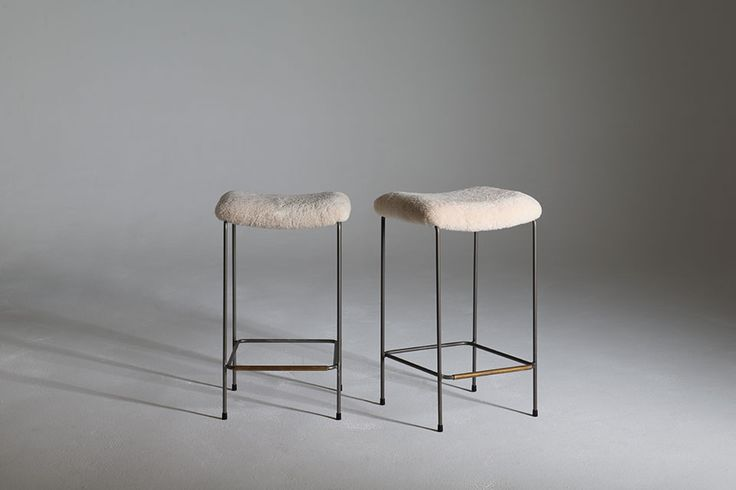The Dita no back stool is as Australian made solid metal framed bar stool finished with optional powder coat finishes. #australiandesign #australiandesign #AustralianFurniture #graziaandco #barstool #stool #wool