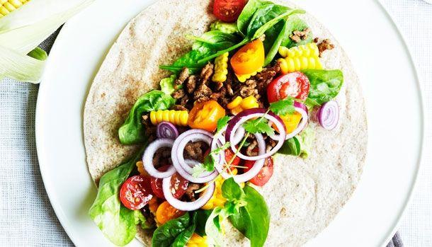 Mexicanske wraps med avocadocreme, majs og krydret oksekød