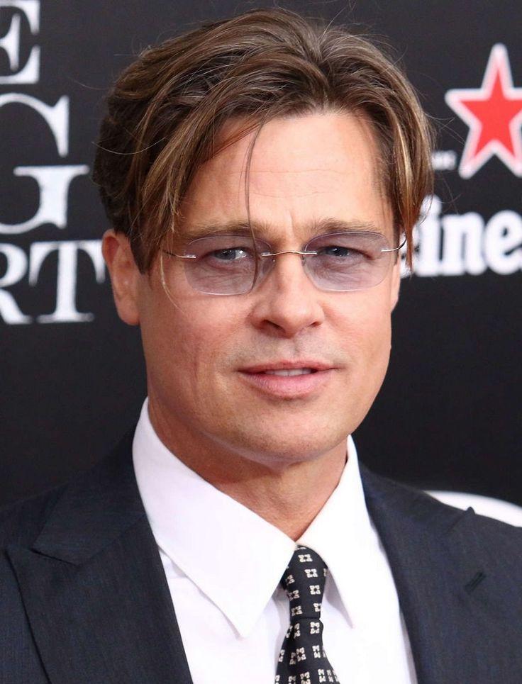 Brad Pitt Curtain Frisur Vorhange Stil Mit Brille Tragen Prominenten Rundes Gesicht Coole Frisuren Haarschnitt Ideen
