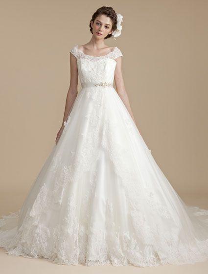 ウエディングドレス、高品質な結婚式ドレスならW by Watabe Wedding / Aライン・ネックライン・オフショルダー