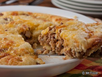 Impossibly Easy Cheeseburger Pie - This easy weeknight dinner uses all of our favorite, classic ingredients, including ground beef, onion, Cheddar cheese, and more!