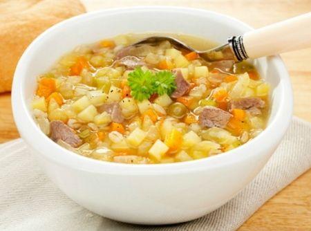Sopa de Legumes com Carne e Macarrão!!!  :)
