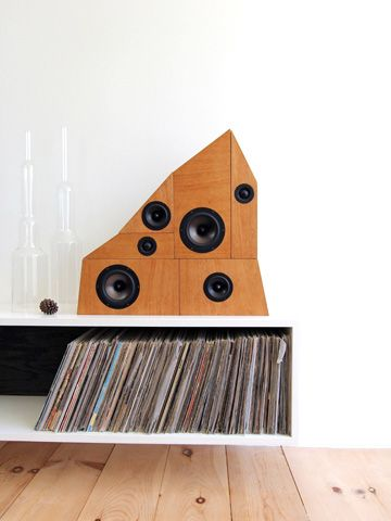 anonymous architects rearrangable speakers
