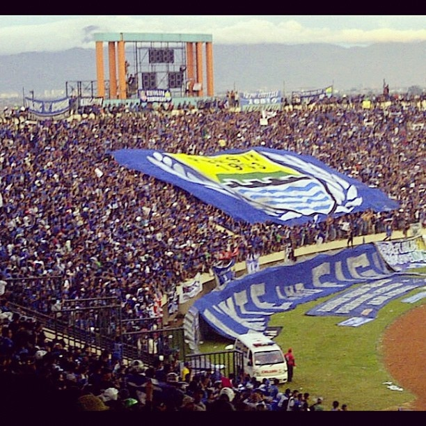 We Will Stay Behind You, #Persib