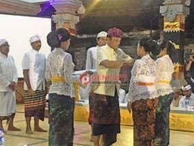 Desa Adat Kerobokan Gelar Pesraman Serati - http://denpostnews.com/2017/12/01/desa-adat-kerobokan-gelar-pesraman-serati/