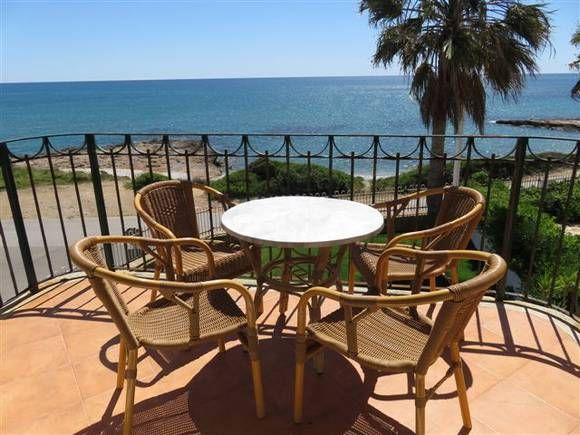 Castellon Alcoceber Apartamento Vistas Playa En Alcoceber Alcoceber Alquiler De Apartamento En Casas Frente Al Mar Casas De Veraneo Decoracion De Exteriores