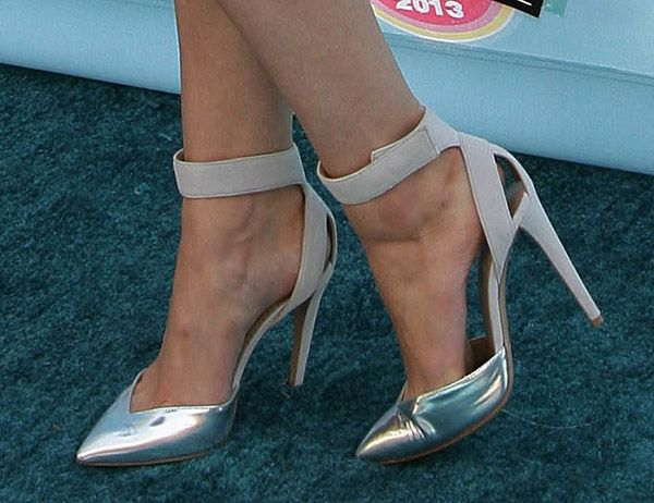 Claudia Lee wearing pointy-toe pumps at the 2013 Teen Choice Awards held at the Gibson Amphitheatre in Los Angeles on August 11, 2013