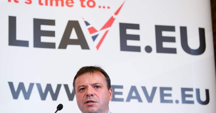 Note to these MPs Trying backing the Country and the LEGAL vote instead of your own Self interests An army of troll bots shared thousands of tweets from Arron Banks' Leave.EU group - seven times more than they shared the official Leave campaign