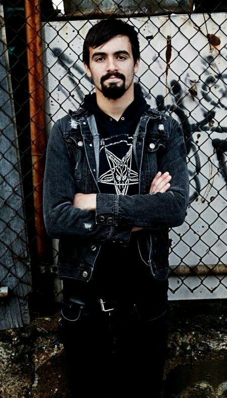 Jay Weinberg, the new drummer and the youngest dude of slipknot.