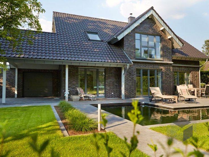 Hausbau modern satteldach  Die 25+ besten Satteldach modern Ideen auf Pinterest | Fertighaus ...