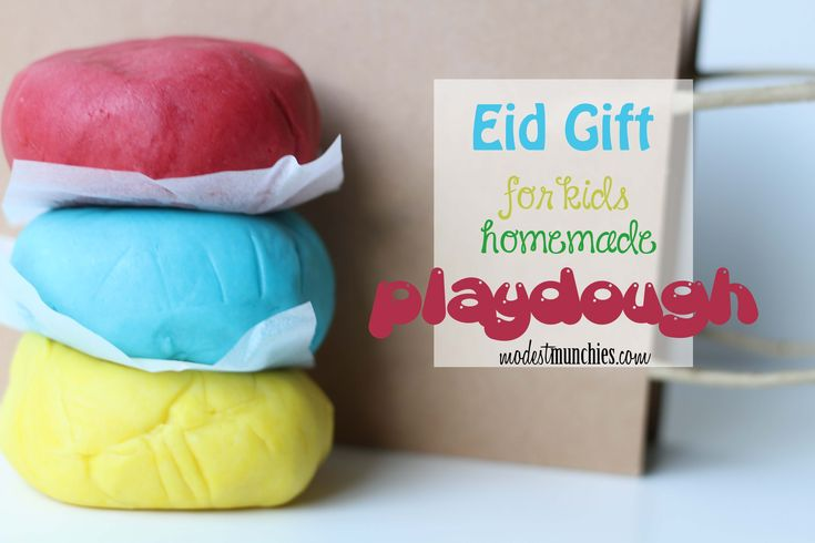 Looking for a great Eid gift idea . What about playdough for kids Eid gifts? It's easy & homemade, you can get the kids involved to help you make & wrap it.