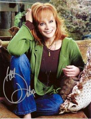 ~* The beautiful, talented at 60 years old.... Reba McEntire *~