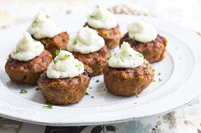 Recipe: BBQ Turkey Meatloaf Cups with Mashed Cauliflower Ingredients  !Turkey Meatloaf Cups:  1½ pounds lean ground turkey  2 egg whites  ½ cup Italian breadcrumbs  ½ cup onion, diced  ½ cup green pepper, diced  ½ cup carrot, grated  ½ cup low sugar tomato ketchup  1 teaspoon Dijon mustard  2 teaspoons minced garlic  1 tablespoon Worcestershire sauce  1 teaspoon onion powder  ½ teaspoon salt  ½ teaspoon black pepper  ¼ cup low-sugar BBQ sauce  !Mashed Cauliflower:  1 medium head cauliflower…
