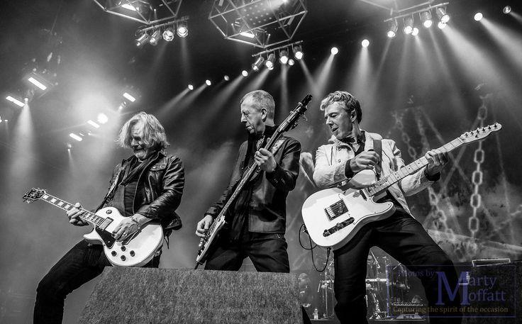 Thunder, Feb 2016 tour, photo by Marty Moffatt
