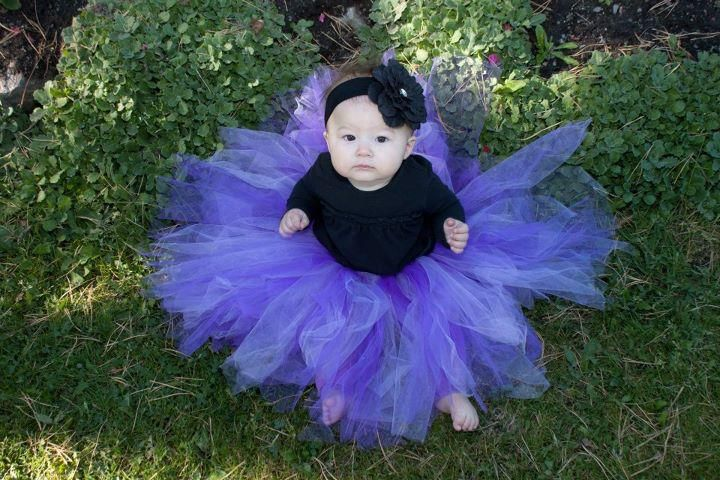 Tutus add so much to a photo!