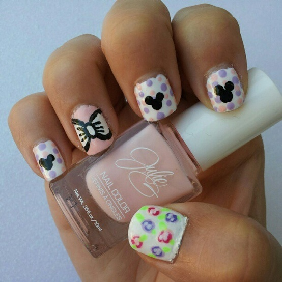 Princess Themed Nails: 1000+ Images About Disney Inspired Nails On Pinterest