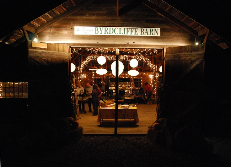 The Byrdcliffe Barn Is A Fabulous Woodstock Location For Rustic Wedding Hudsonvalley Weddings