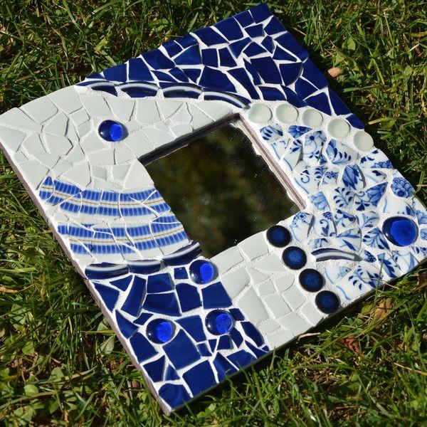 die besten 25 mosaikspiegel ideen auf pinterest mosaikkunst mosaik und mosaikfliesenkunst. Black Bedroom Furniture Sets. Home Design Ideas