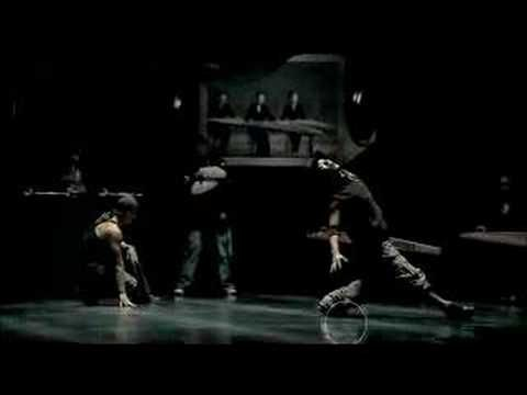 Last4One - Korean hip hop group with DJ, BBoys, beatboxer and traditional korean instruments