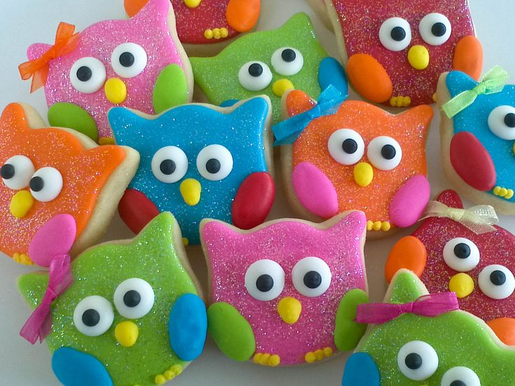 Cute Cookies | Use a tulip cookie cutter to create these cute owl cookies with Jordan ...