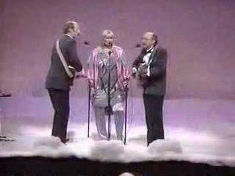 ▶ Peter, Paul and Mary -Puff The Magic Dragon - YouTube