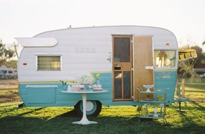 Turquoise White Retro CaravanVintage Trailers, Old Campers, Vintage Caravan, Cupcakes, Dreams, Shasta Trailer, Camps, Travel, Vintage Campers