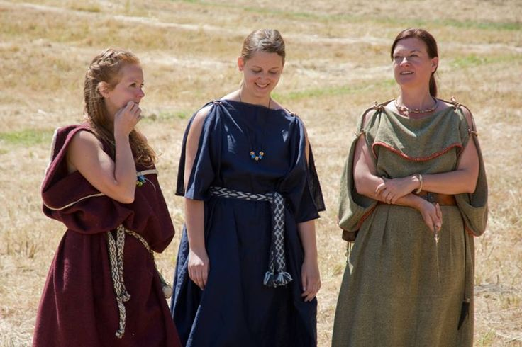 Celtic Iron Age Garb. Image from Terra Celtica