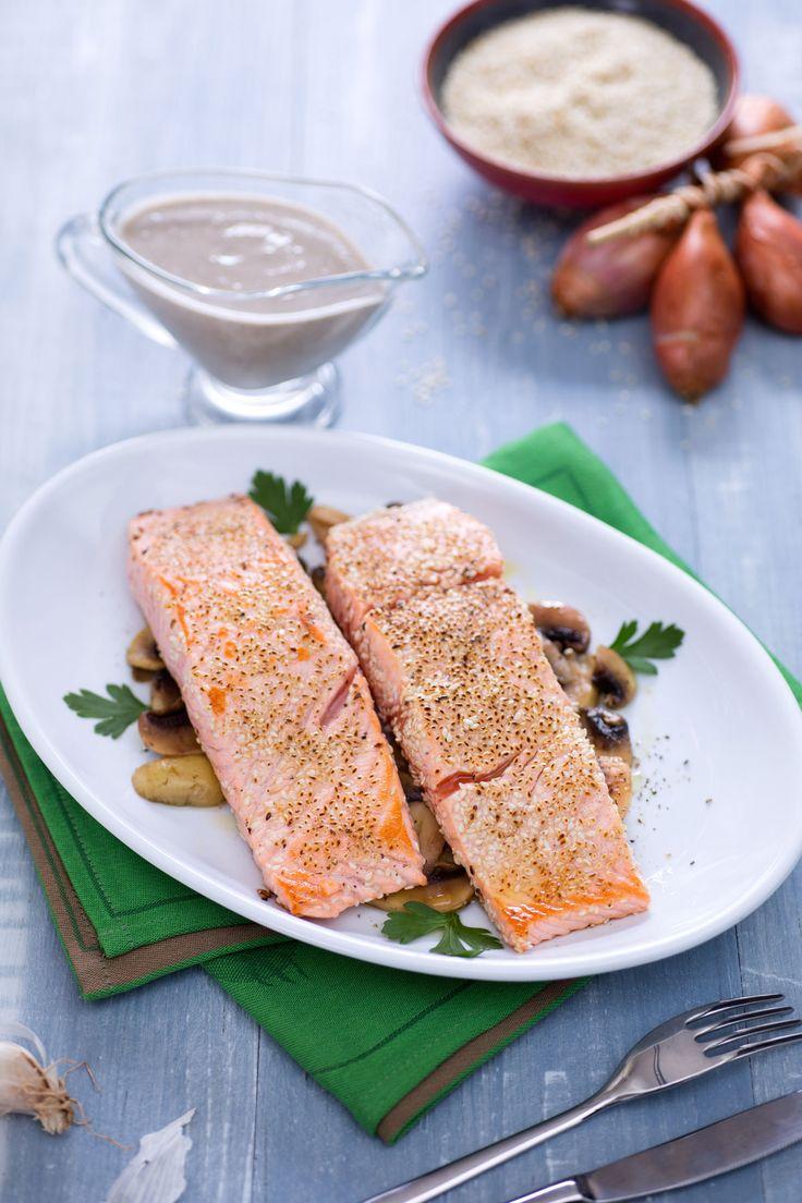 Filetto di salmone croccante con salsa Chardonnay: un secondo terra e mare davvero invitante!  [Crispy salmon fillet with Chardonnay sauce]