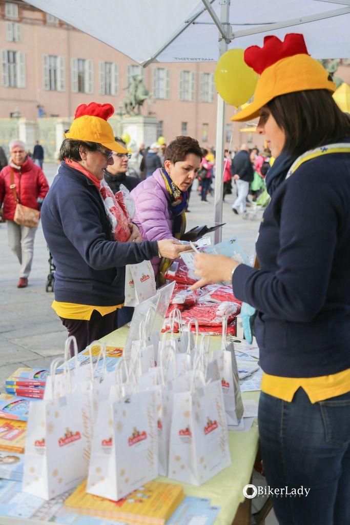 #generosity #day #2k16 #grazie #formaonlus #piazzacastello #torino #raccoltafondi #thankyou #ricordi #music #band #food #kids #paracadutisti #swing #lindyhop #dance #palloncini #polletti