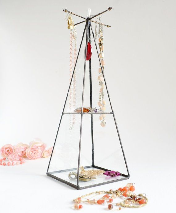 Best 25 Glass display box ideas on Pinterest Marble Floating