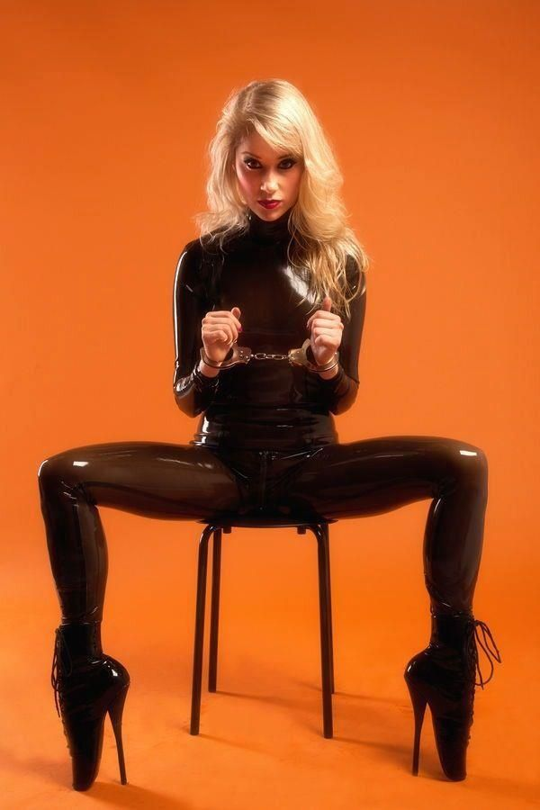 48 Best Images About Latex And Bondage On Pinterest  Sexy -5782