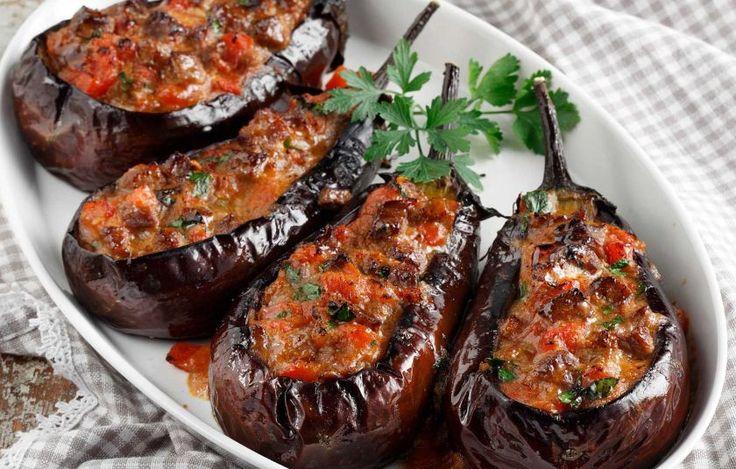 Τσακώνικες µελιτζάνες γεµιστές µε τας κεµπάπ - Συνταγές - Πιάτα ημέρας | γαστρονόμος