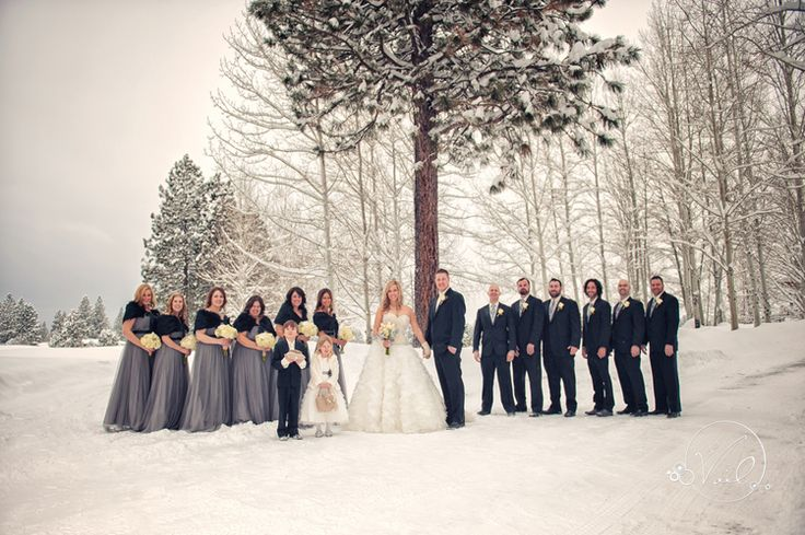 Amazing winter wedding in the snow at Broken Top Club in Bend, Oregon.