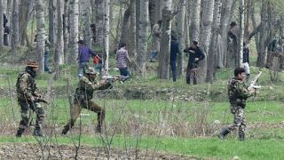 PAK--URDO--NEWS--PAPER: بھارتی افواج کا مظاہرین پر وحشیانہ تشدد،4 نوجوان ش...