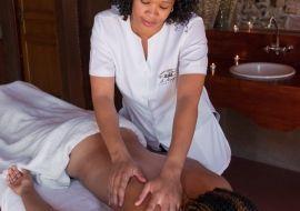 spa_massage_1at Le Mirage & spa