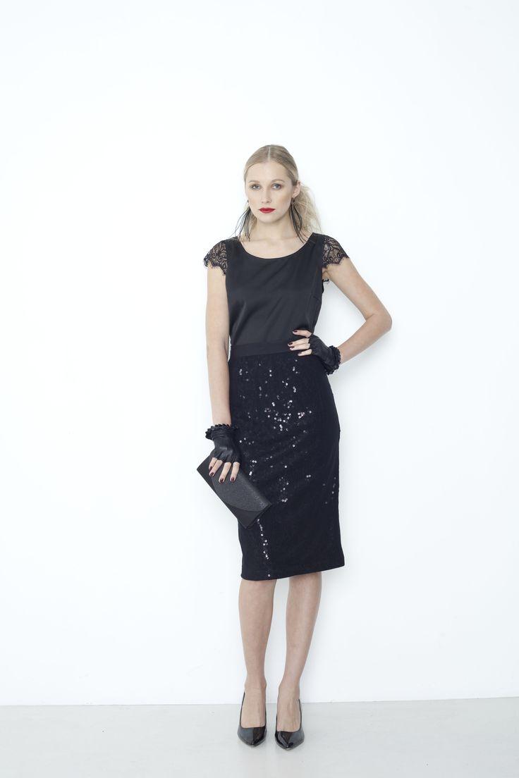 Portrait Top, Preview Skirt - black