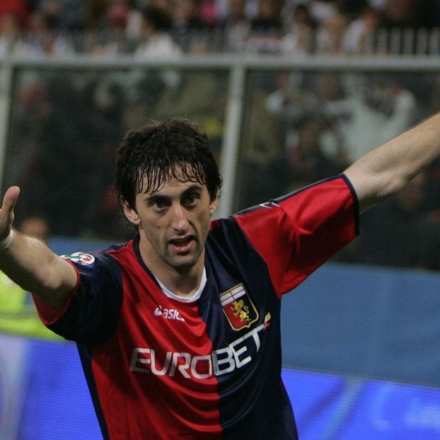 Diego #Milito #Genoa