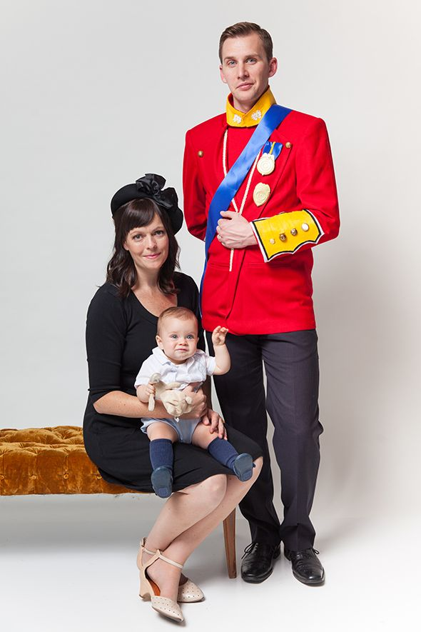 The Royal Family. Halloween Family Costumes!