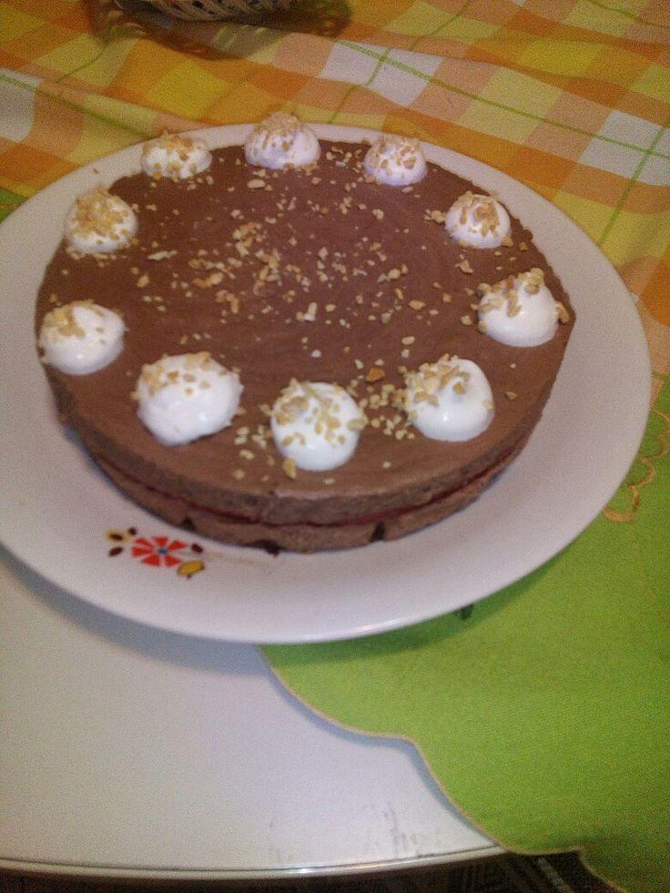 Torta mousse al cioccolato fondente e zenzero con gelatina di fragole