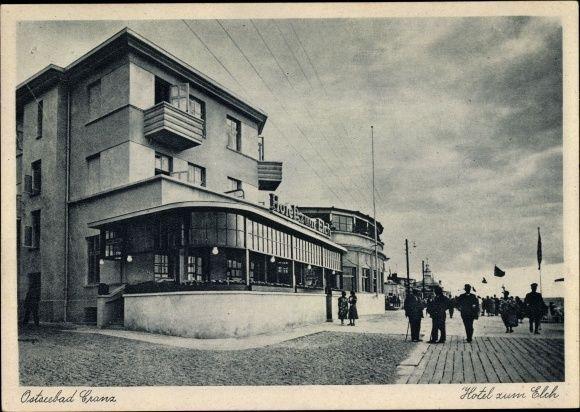Ak Selenogradsk Cranz Ostpreußen, Hotel zum Elch, Passanten