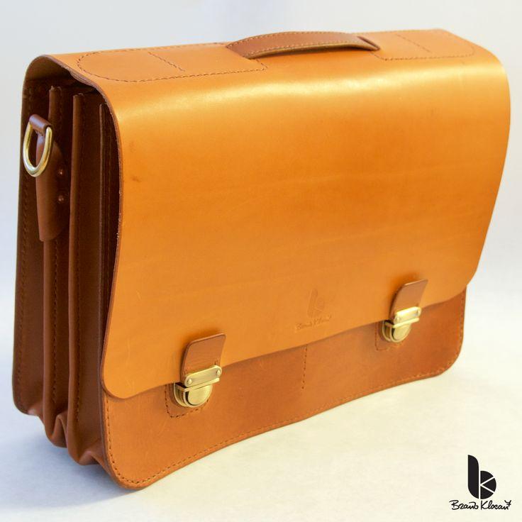 Handmade leather a briefcase with an accordion gusset by Brano Klocan LEATHERCRAFT  Ručne šitá kožená aktovka