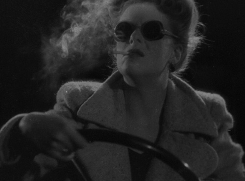Regina Linnanheimo (1915-1995) always on my mind. She is one of the big names of the Finnish Golden Era actresses. The picture is from the Finnish film Levoton veri (Restless Blood, 1946) by Teuvo Tulio.