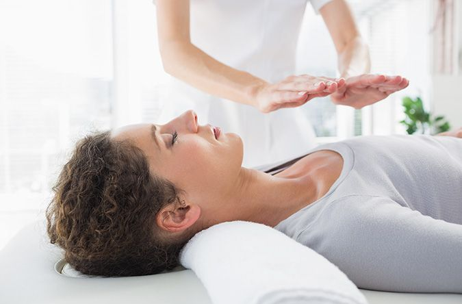 Online Reiki Course | Change Your Life with Reiki - lots of good reviews, sounds interesting