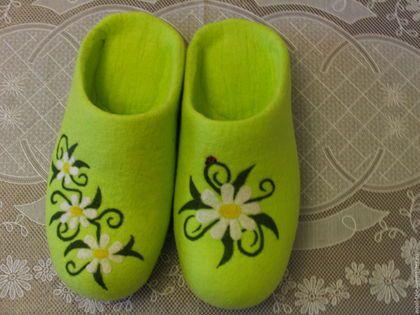 Обувь ручной работы. Ярмарка Мастеров - ручная работа. Купить Домашние валяные тапочки. Handmade. Валяные тапочки