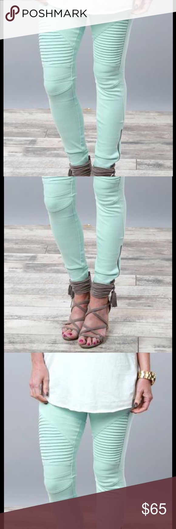 Mint Moto Jeggings! Zipper by the ankle ❤️ They sell out quickly. Perfect for family holiday gatherings;) small- size 00-5 medium- size 6-9 large size 10-12 supportlocalbusinesses #shoplocal #shopping #deal #motoleggings #leggings #leggingaddict #leggingsarepants #leggingseason #love  #shoplocal #feelingpretty #deal #boutique #boutiqueshopping #giveaway #shopping #supportlocalbusinesses #trend #Fashion #instyle #trending #boutiquefashion #fastshipping  #available Pants Ankle & Cropped