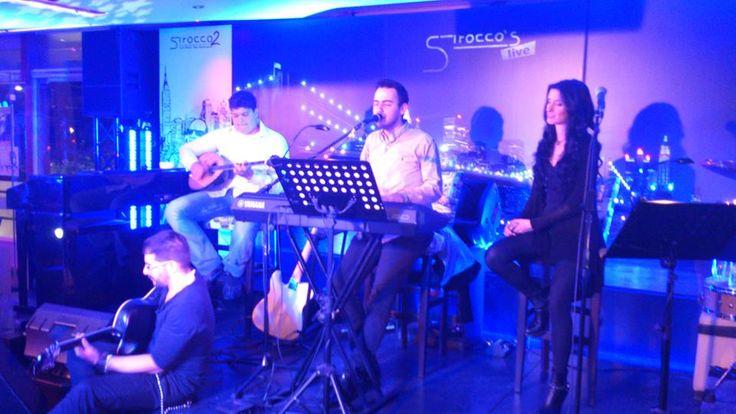 Ένα μεγάλο ταλέντο στο μπουζούκι , ο Σούλης Βαλσαμάκης μόλις 14 ετών και μαγεύει το κοινό ... Σ΄ένα μοναδικό μουσικό στιγμιότυπο με τον Μαυρίκιο Μαυρικίου !!!