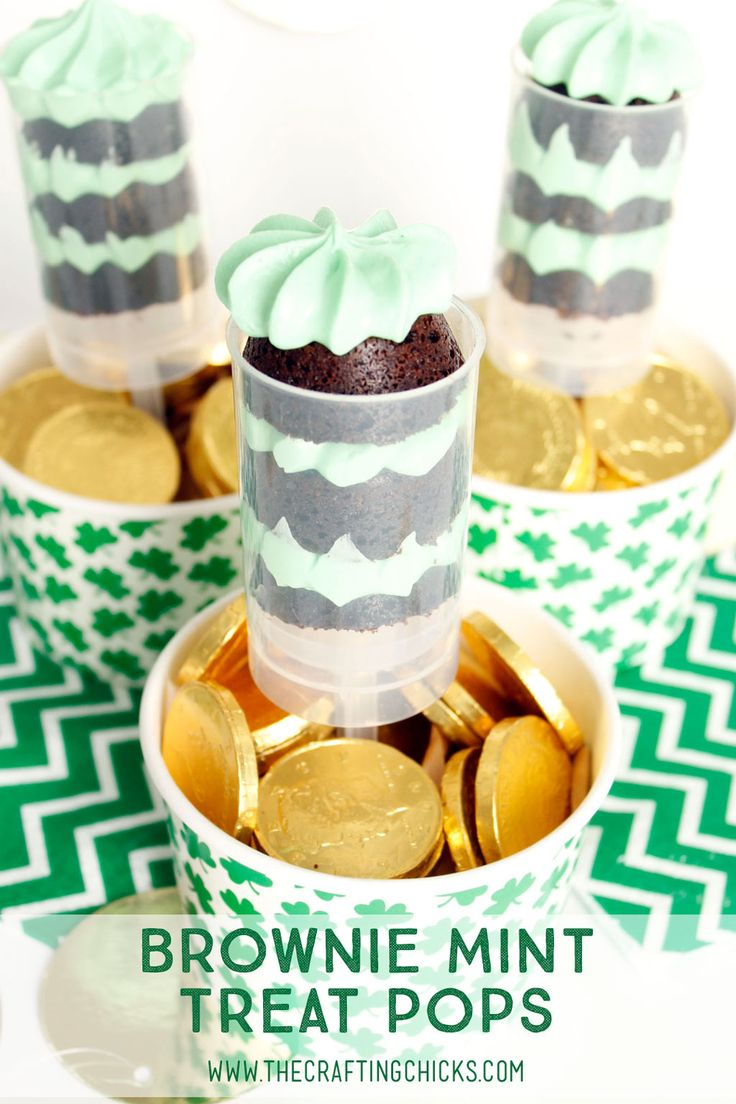 Brownie Mint Treat Pops combine the delicious flavors of chocolate and mint in a fun package. The treat pops offer the perfect serving for any occasion.