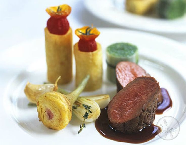 Fillet of Beef, Fondant Potatoes, Red Wine Jus #catering #events #leicestershirefood #xclusive